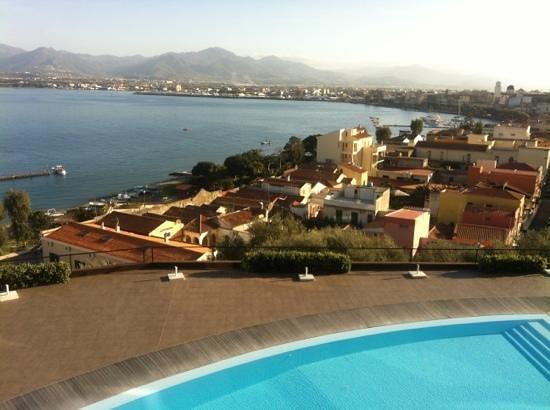 Eolian Milazzo Hotel: Blick vom Balkon auf den Ätna