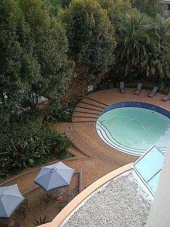 StayEasy Eastgate: Pool Area