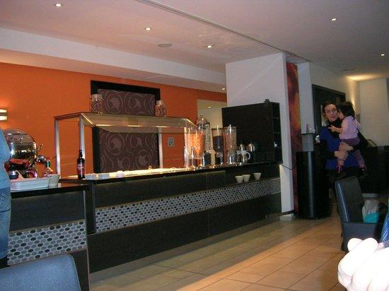 Novotel Luxembourg Kirchberg: Déjeuner buffet