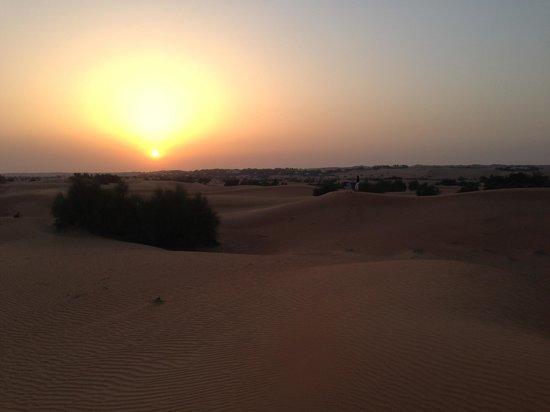Al Maha, A Luxury Collection Desert Resort & Spa: Sunset!
