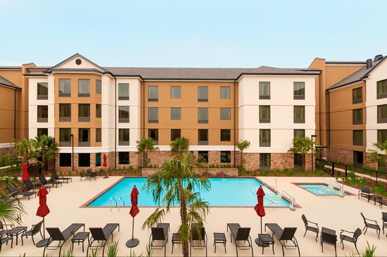 Hilton Garden Inn Shreveport Bossier City: Wish Your Were Here! Pool and Courtyard
