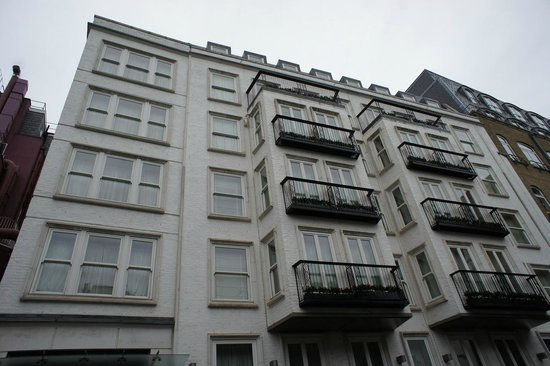 The Stafford London: The Mews building, the Penthouse is the entire top floor that you can see