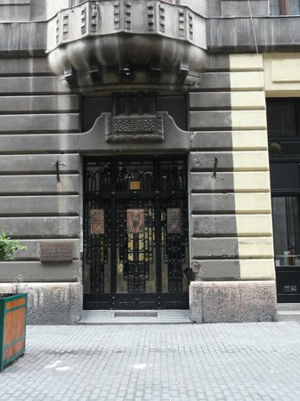 Apartments Opera: L'ingresso