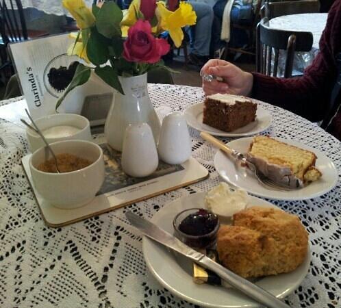 Clarinda's Tea Room: afternoon tea