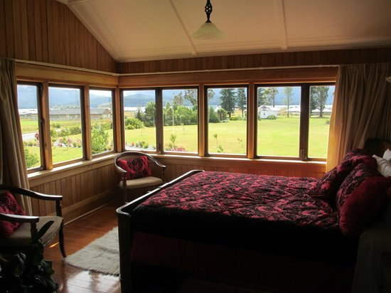 Te Anau Lodge: The cathedral room