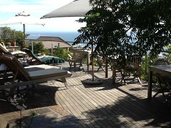 Boutique @ 10: Relaxen am Pool mit Blick auf den Atlantik und Camps Bay