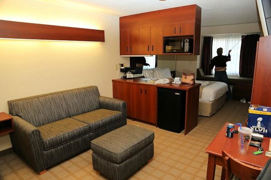 Microtel Inn & Suites by Wyndham Jasper: Suite