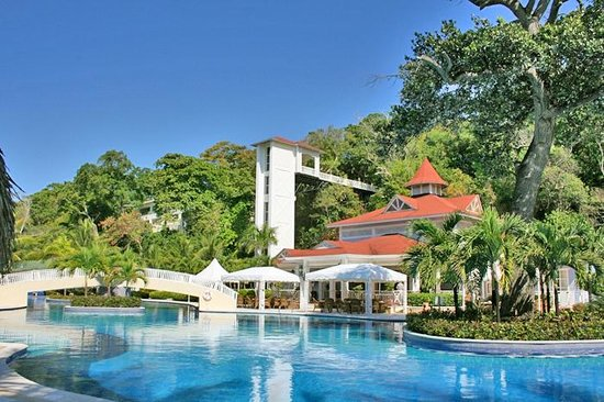Plage picture of luxury bahia principe cayo levantado for Hotel luxury cayo levantado