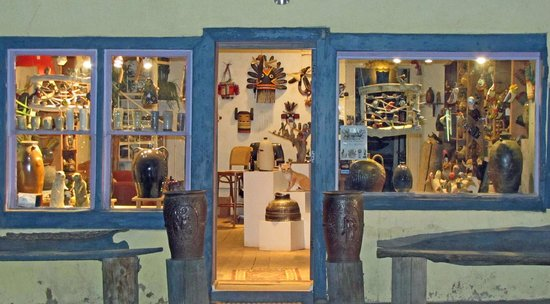 Arroyo Seco, NM: Rottenstone Studio & Gallery