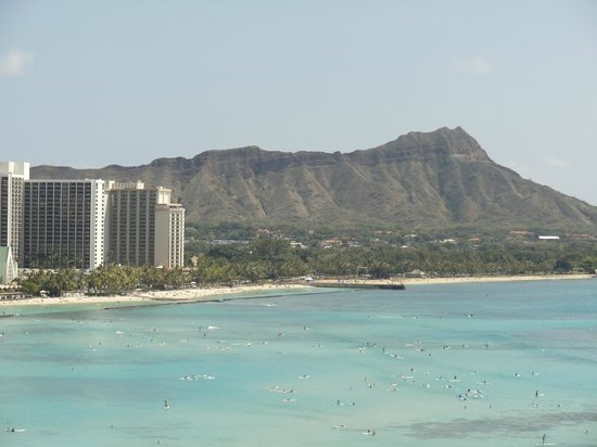 Sheraton Waikiki: view of diamond head from room