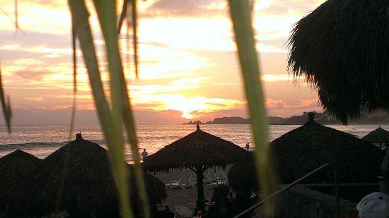 Sunscape Dorado Pacifico Ixtapa: coucher de soleil