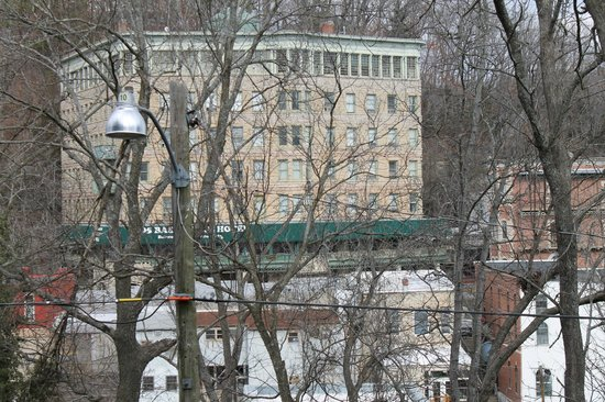 Peabody House: Basin Park can be seen from the room