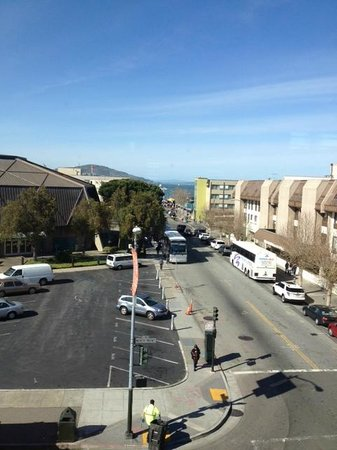 BEST WESTERN PLUS The Tuscan: Looking towards Fisherman's Wharf