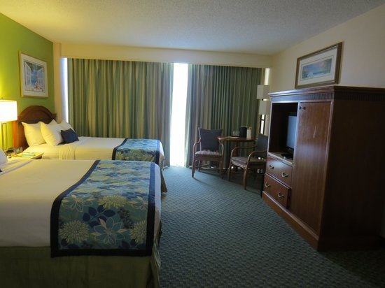 Courtyard by Marriott Key Largo: A view of the Room