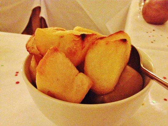Queans: roast potatoes