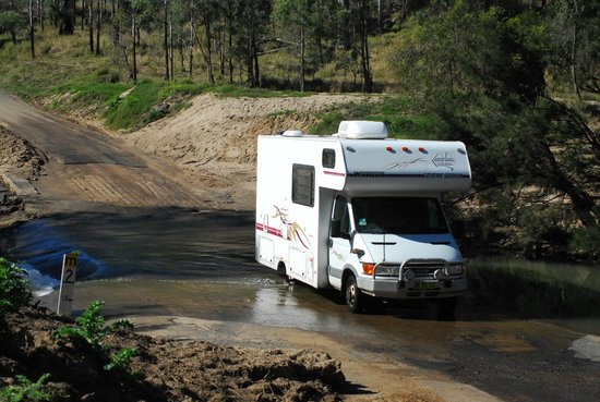 Carnarvon National Park, Australia: The road in