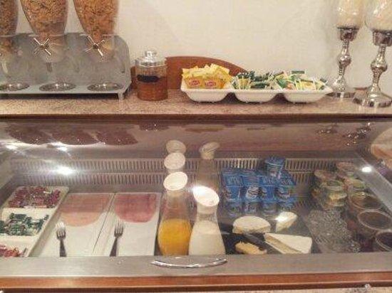 Hotel Neva - Paris: Desayuno