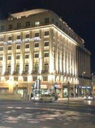 Altis Avenida Hotel: Fachado do hotel