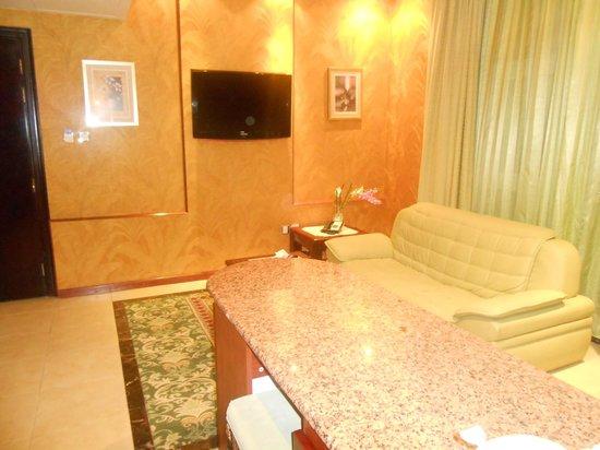 Golden Tulip Thanyah Hotel Apartments: sitting area