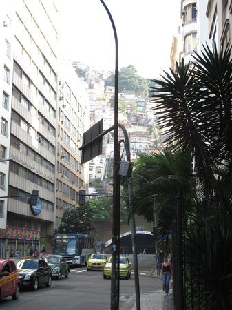Copa Sul Hotel: Neighborhood and view of favelas