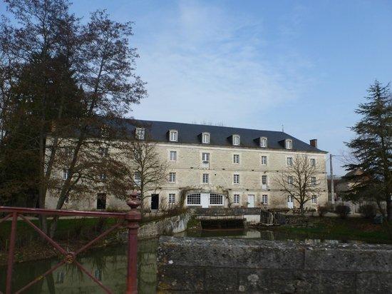 Le Moulin de Poilly-sur-Serein : Le moulin