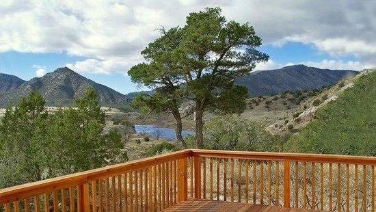 Royal Gorge Vacation Rentals : Parkdale Ranch View Sleeps 10+