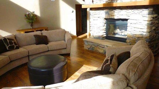Royal Gorge Vacation Rentals : Valley Ranch - Sleeps 20+