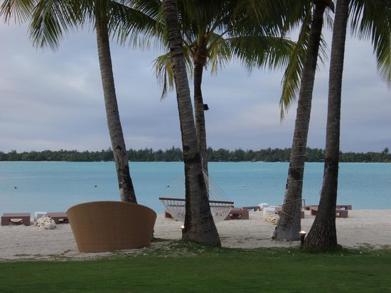 St. Regis Bora Bora Resort: a scene right out of the movie Couples Retreat