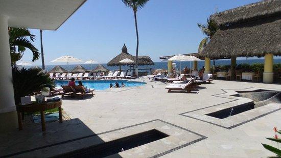 Villa Premiere Boutique Hotel & Romantic Getaway: Pool area