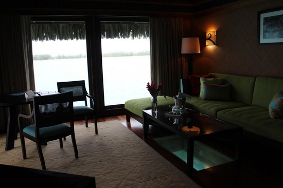 The St. Regis Bora Bora Resort: living room with viewing panel