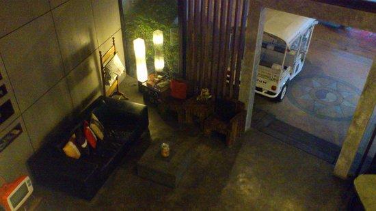 The Album Loft at Nanai Road: Lobby area