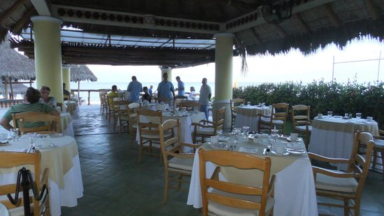 Villa Premiere Hotel & Spa: Breakfast restaurant
