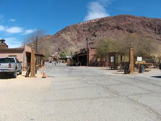 Calico Ghost Town: Entrance to town