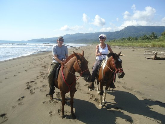 Rancho Pacifico: Riding on the beach