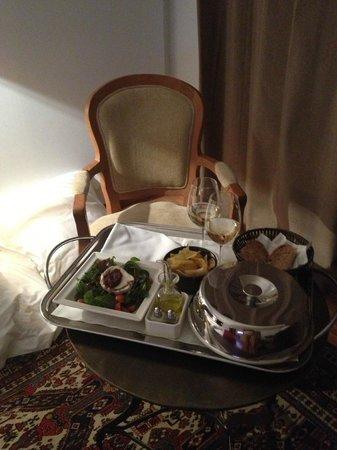 Hotel Primero Primera: Room service