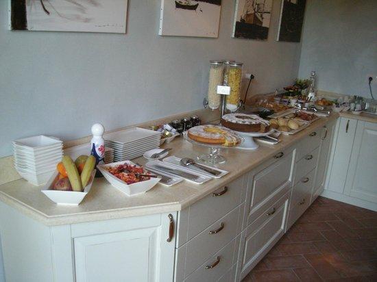 Il Casale Dell'Arte - Le Case Antiche: buffet colazione