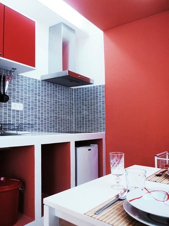 La Isla Hostal: Beach apartment kitchen