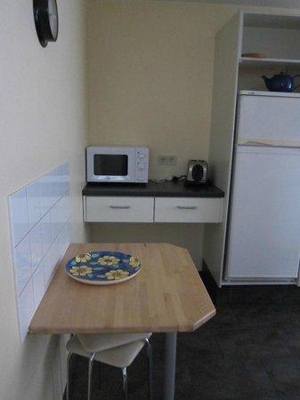 Guesthouse Sunna: Microwave