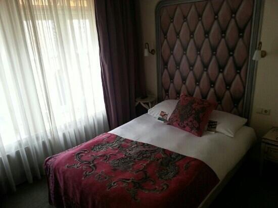 Sandton Hotel de Filosoof - TEMPORARILY CLOSED: kamertje