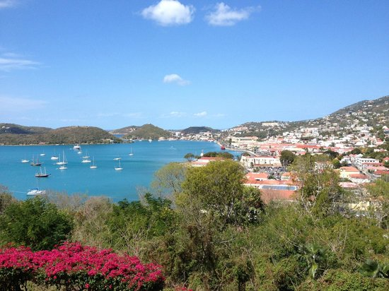 Bluebeard's Castle Resort: View overlooking Charlotte Amalie