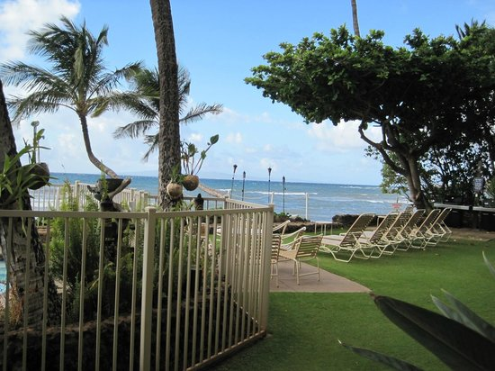 Hono Kai Condominium Resort: from the lanai