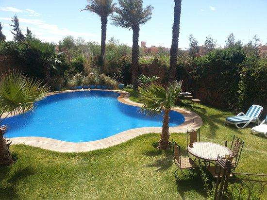 Hotel Temple des Arts: piscine