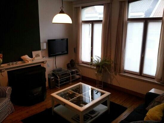 Droom + Daad: huiskamer villa des roses