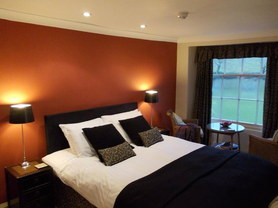Plantation House Hotel and Restaurant : Bedroom style