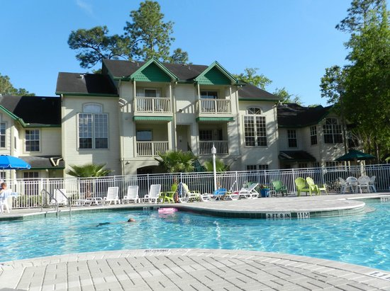 Pool was great - Picture of Oak Plantation Resort ...