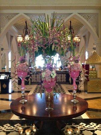Jumeirah Zabeel Saray: flowers