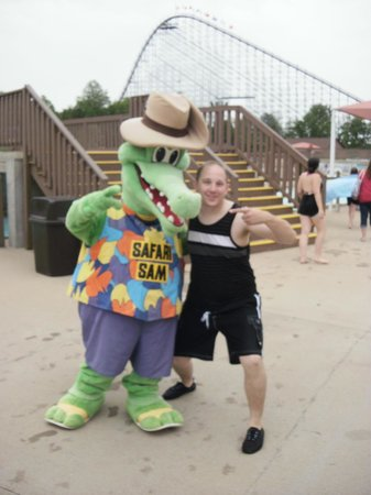 Holiday World & Splashin' Safari: Safari Sam