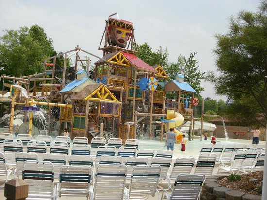 Holiday World & Splashin' Safari: Children's play land