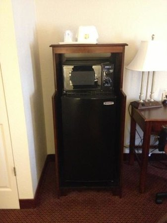 Best Western Bordentown Inn: fridge / microwave
