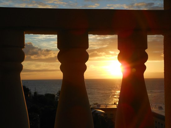 Princess Heights Hotel: Sunrise - best view on the island!